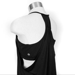 Lululemon black tank with built in bra